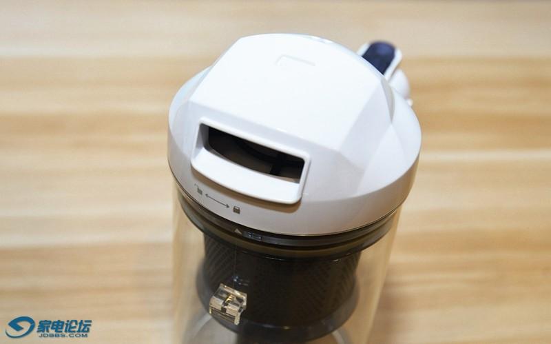 小狗手持式吸尘器D-521B31.jpg
