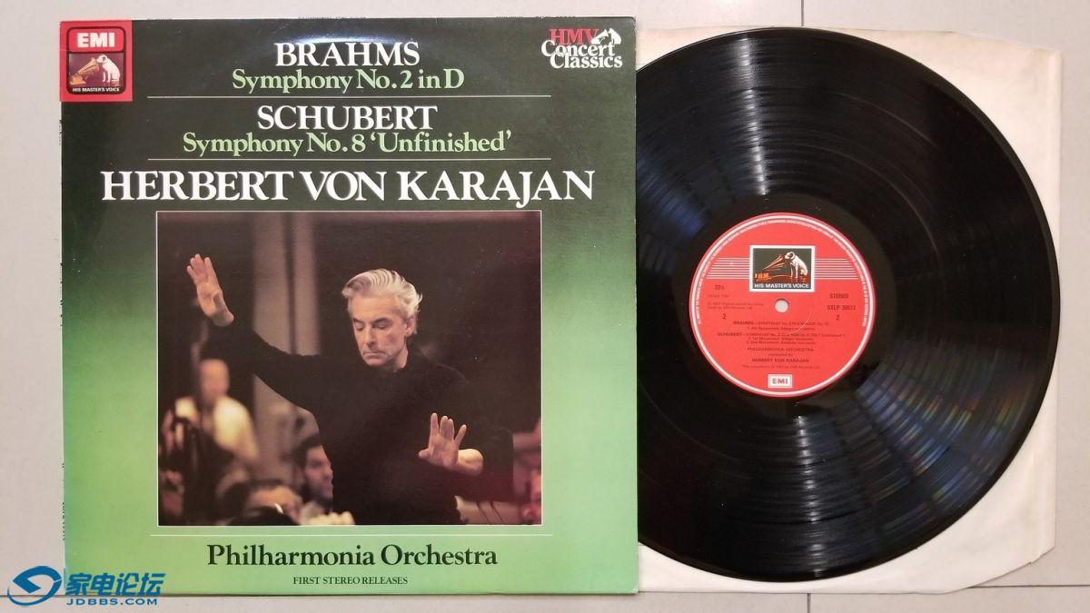 W2728-1 卡拉扬 指挥爱乐乐团《勃拉姆斯 第2交响曲,舒伯特 第8交响曲(未完成)》,.jpg