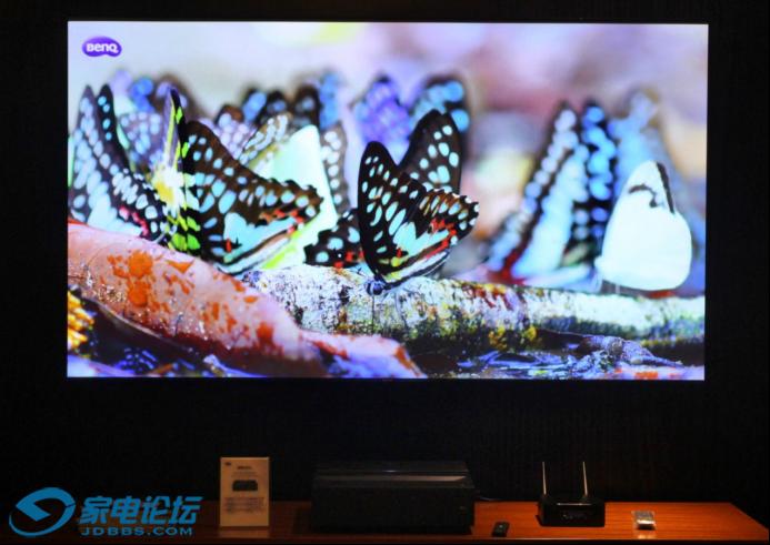 明基广色域色准投影机亮相广州国际音响展1068.png